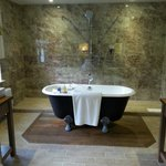 En Suite - open plan room/bathroom in Crab Apple