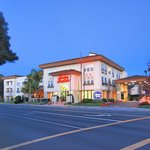 Photo de Hampton Inn & Suites Mountain View