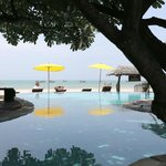 Photo de Supatra Resort Hua Hin