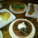 Jamon & Manchego Croquettes, Mushrooms with Herbed Goat cheese