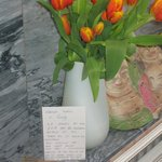 Flowers YENN b&b received together with the note