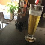 Chopp no bar da Piscina