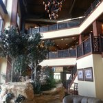 Glacier Canyon Lodge resmi