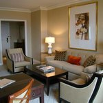 Four Seasons Hotel Atlanta resmi