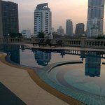 Hope Land Executive Serviced Apartment resmi