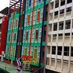 Photo de Silom Art Hostel