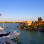 Photo de Coral Lagoon Resort & Marina