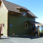 Photo de Home Away From Home Cottage - Bears Den & Eagles Nest