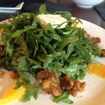Arugula salad with goat cheese