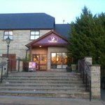 Premier Inn Bradford North - Bingley resmi