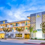 Days Inn & Suites Santa Barbara