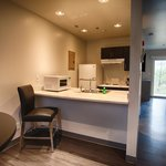 King Handicap Accessible Kitchen