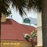 ภาพถ่ายของ La Quinta Inn & Suites Ft. Lauderdale Airport