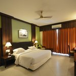 LivingRoom by Seasons Hotels resmi