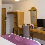 Photo de Premier Inn Glenrothes