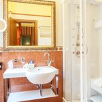 Photo de Hotel Manfredi Suite in Rome