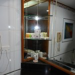Photo de Ramee Guestline Hotel, Juhu