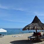 Blue Coral Beach Resort resmi