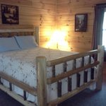 Photo de Sunrise Log Cabins