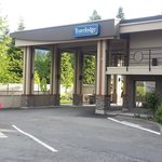 Foto de Travelodge Vancouver Lion's Gate
