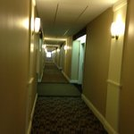 Hallyway to room 305.