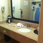 Photo de La Quinta Inn & Suites Savannah Southside