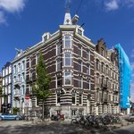 Photo de 377 House - Amsterdam