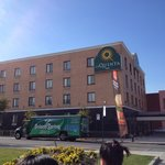 La Quinta Inn Queens New York City resmi
