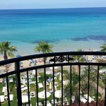 Foto de Constantinos the Great Beach Hotel
