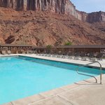 Red Cliffs Lodge resmi