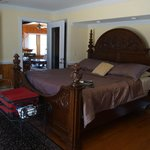 Foto de The Burrus House Inn