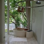 Outdoor bathroom with tub