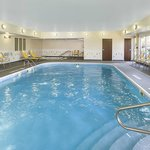 The indoor pool at the Fairfield Inn & Suites Chicago Naperville/Aurora