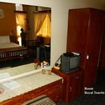 Royal Tourist Lodge resmi