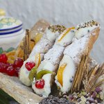 lL CANNOLO