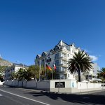 Bantry Bay Luxury Suites