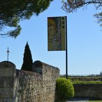 Photo de Hotel Logis des Remparts