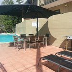 Great pool and very clean BBQ facilities