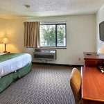 Φωτογραφία: Boarders Inn and Suites of Traverse City
