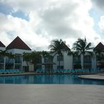 The Mill Resort & Suites resmi