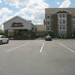 Hampton Inn Scottsburg resmi