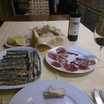 Razor-shell clams, pata negra ham, a wonderful rioja....