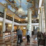 Photo de Hotel The Royal Plaza