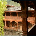 Inside balcony @ Naggar Castle