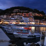 Parga at night (Acrothea red lit up building)