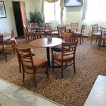 Photo de BEST WESTERN Denton Inn