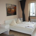 Foto Bearlin City Apartment Olivaerplatz