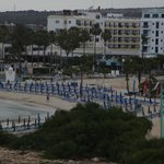 Foto van Anonymous Beach Hotel