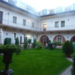 Photo de St. George Residence in the Buda Castle