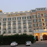 Photo de The Pllazio Hotel